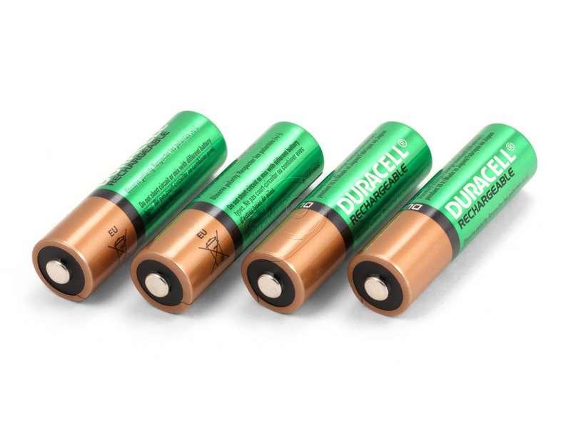 пальчиковые аккумуляторы для внешней фотовспышки давних времен